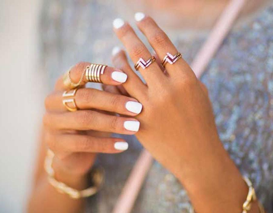 5 طرق طبيعية لعلاج مشاكل الأظافر المزعجة