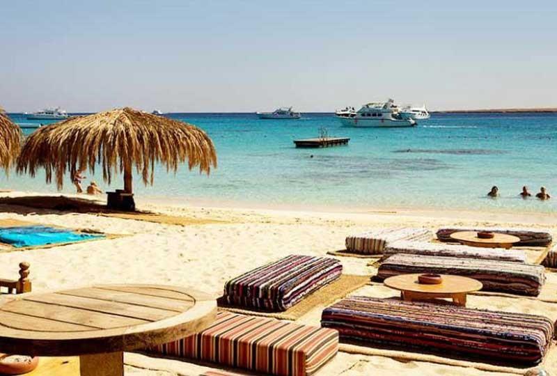 أجمل شواطىء مصر شاطىء المحمية بجزيرة الجفتون