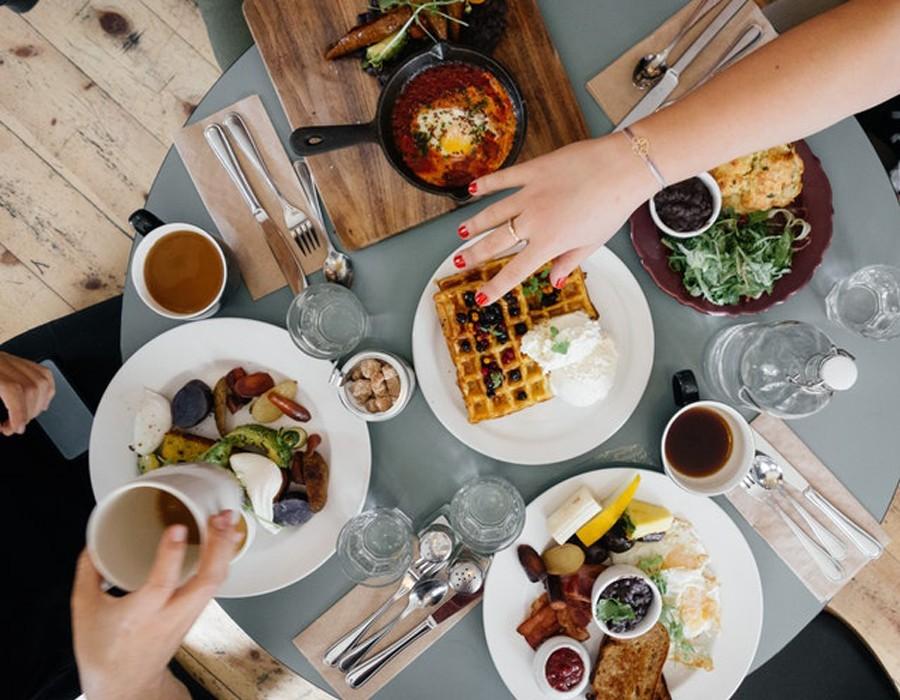 نصائح فعالة للحد من الشهية والتفكير الدائم في الطعام