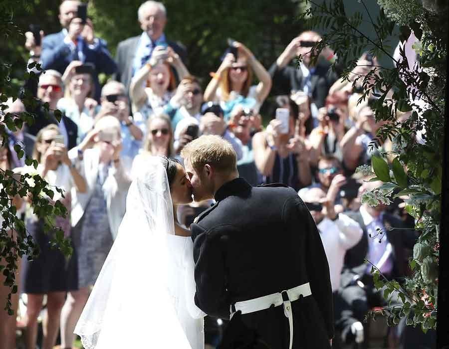 أجمل صور من الزفاف الملكي لهاري وميجان