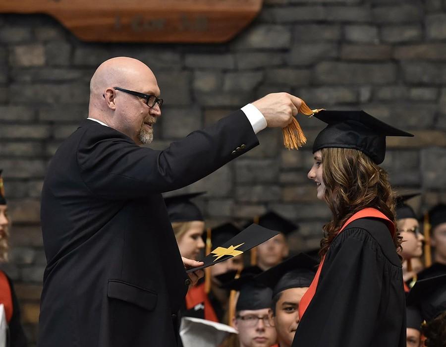 """في1920 """"أوكسفورد"""" تمنح الطالبات شهادات تخرج لأول مرة"""