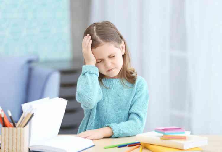 أسباب الصداع عند الأطفال ومتى يُصبح الأمر خطيرا