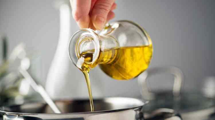 أفضل زيت زيتون يمكنك شراؤه لطبخ لذيذ وصحي
