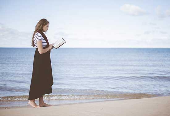 أفضل كتب علم نفس تبحر بك لتفهم ذاتك والعالم
