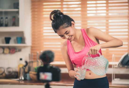 أفضل مشروبات للتخسيس وحرق الدهون وتحسين عملية الهضم