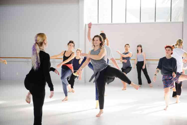 أماكن تعليم الرقص الشرقي والغربي في مصر