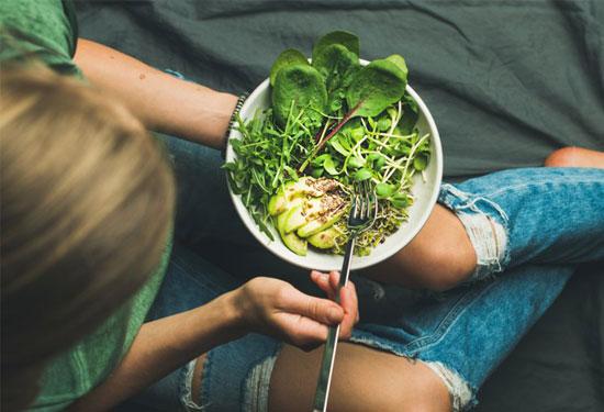 أهم الأطعمة الغنية بالحديد وكيفية الاستفادة منها