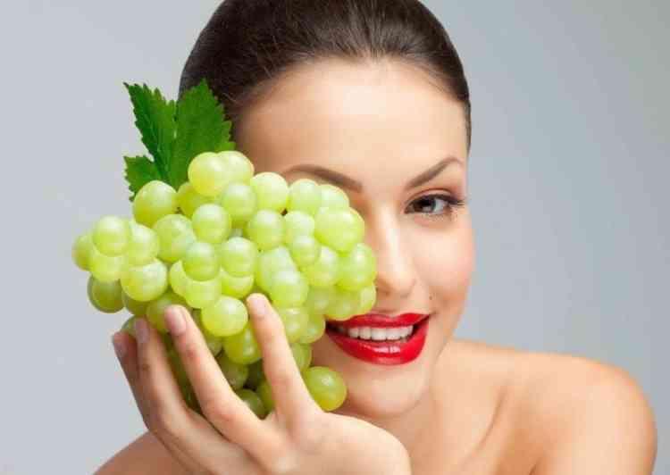 أهم فوائد زيت بذور العنب لصحة جسمك وجمال بشرتك