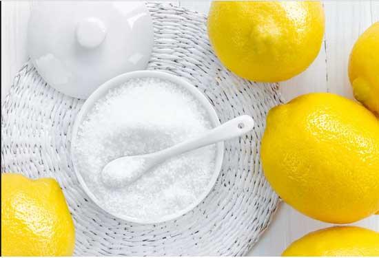 استخدامات ملح الليمون في التنظيف والبشرة