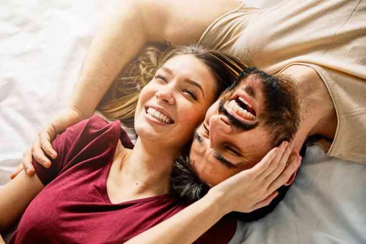 الفرق بين العلاقات العاطفية الصحية وغير الصحية