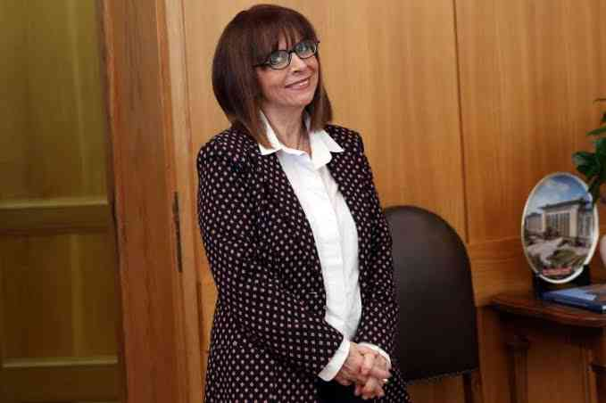 القاضية كاترينا ساكيلاروبولو.. أول رئيسة لليونان