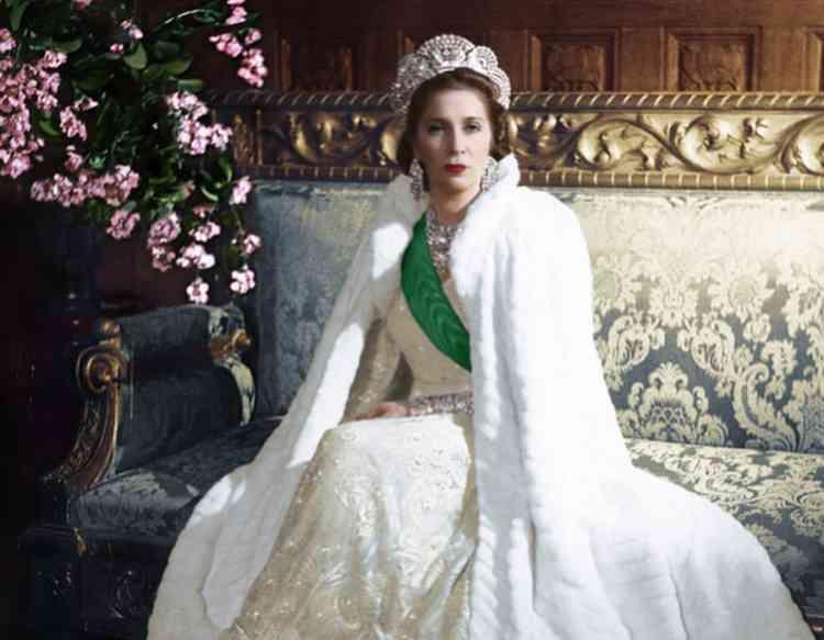 الملكة نازلي صاحبة الجلالة والجدل التي حرمت من لقبها