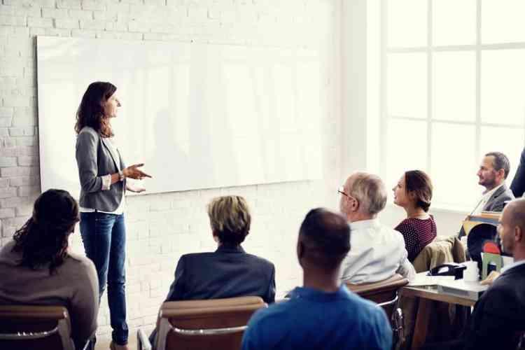 برامج تدريب المدربين TOT لتطوير أداء الشركات