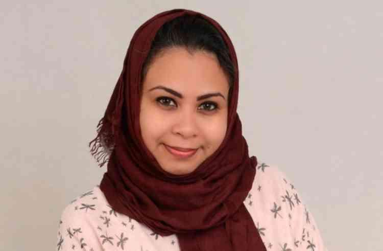 حليمة مظفر كاتبة وشاعرة سعودية ميزتها الجرأة والشجاعة