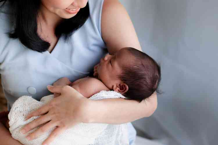 دليلك للعناية بالجسم بعد الولادة والاهتمام بنفسك