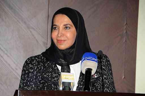 سعاد الصباح شاعرة الكويت الحالمة بالقومية والحرية