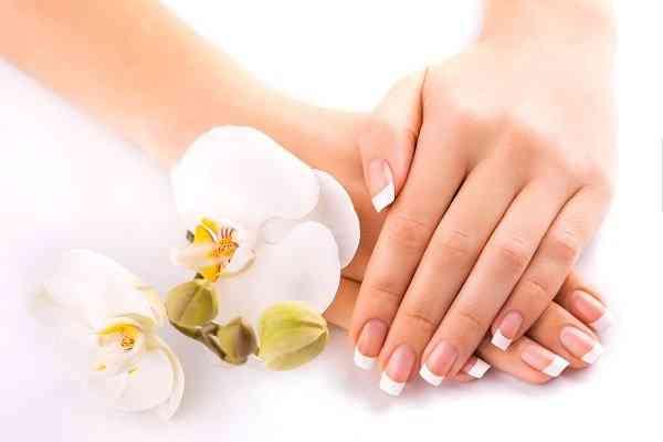 طرق ترطيب اليدين وعلاجها من آثار المطهرات
