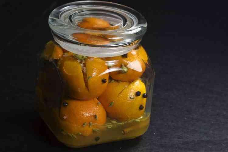طريقة تخليل الليمون المسلوق لأشهى أنواع المقبلات