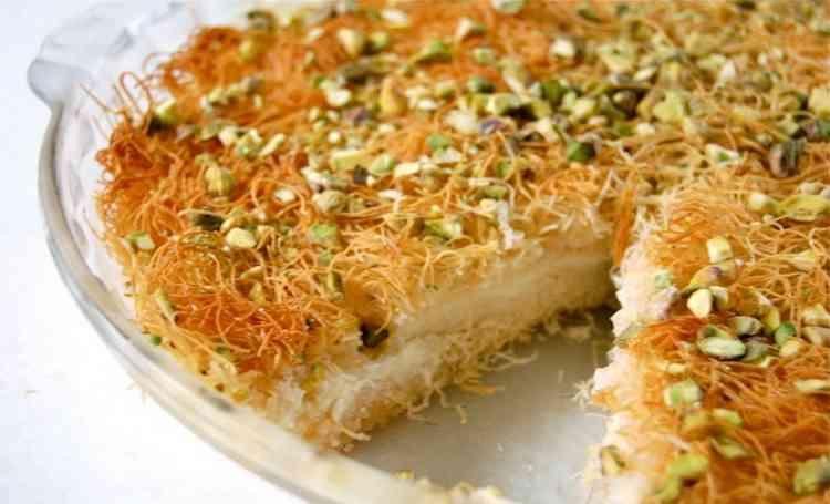طريقة عمل الكنافة بالكاسترد لحلوى شرقية لذيذة