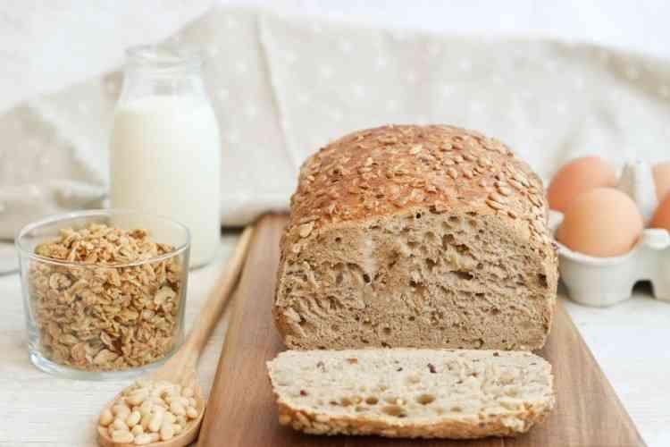 طريقة عمل خبز اللوز بوصفات تناسب نظامك الغذائي