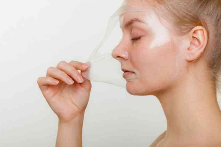 طريقة عمل ماسك الجيلاتين للعناية ببشرة وجهك وجسمك