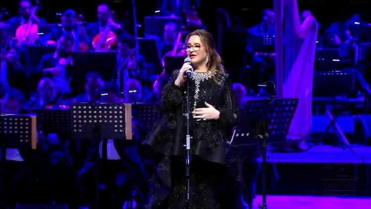 عزيزة جلال مطربة المغرب بحضور خاص ونجومية مختلفة