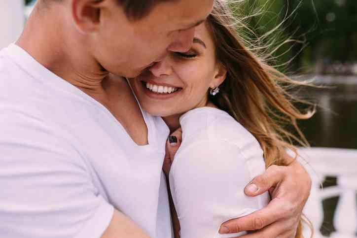 علامات رضا الزوجة عن العلاقة الحميمة