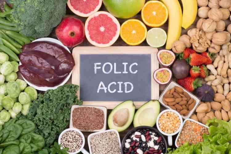 فوائد حمض الفوليك للبشرة والصحة ومصادره