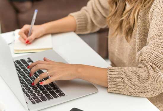 كورسات مجانية لتعلم كتابة المحتوى