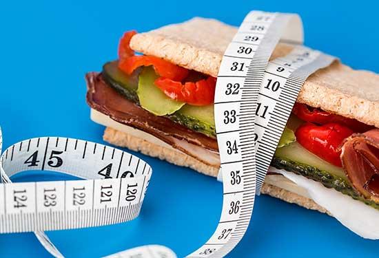 كيفية حساب كتلة الجسم والدهون ومعرفة الوزن المثالي