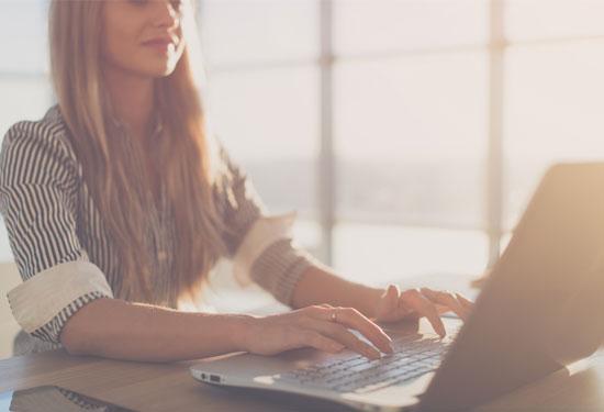 كيفية كتابة السيرة الذاتية لتحصلي على وظيفة أحلامك