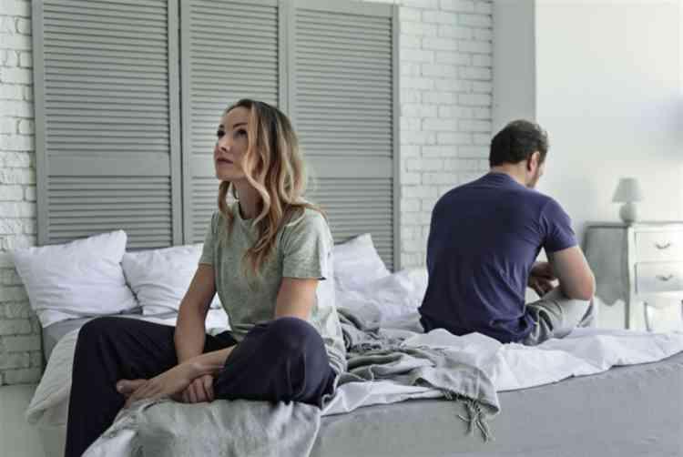 كيف تؤثر الأفلام الإباحية على العلاقة الحميمة