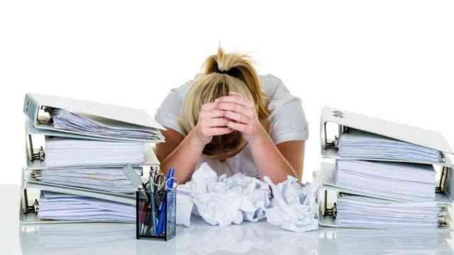 كيف تتغلبين على إدمان العمل وتحققي التوازن لحياتك