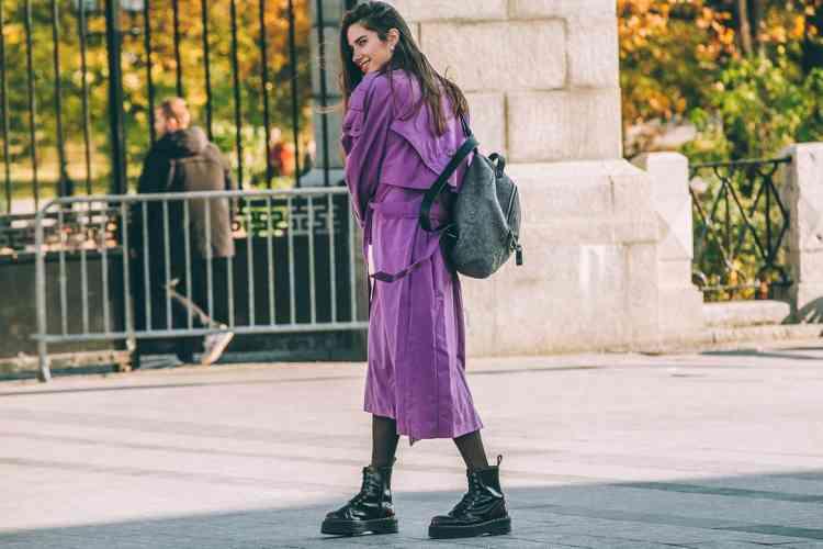 كيف تقومين بتنسيق اللون البنفسجي في الملابس؟