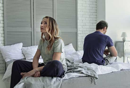 كيف يؤثر الضغط النفسي على العلاقة الحميمة