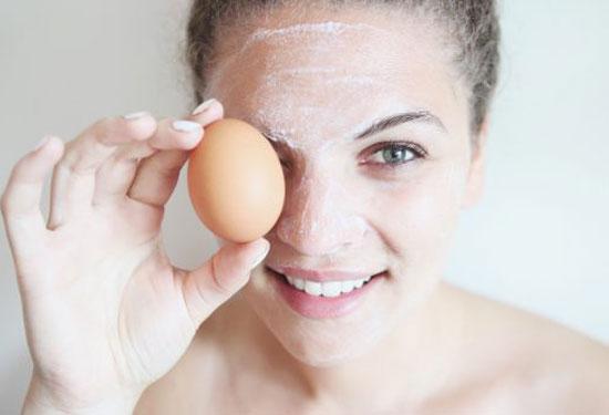ماسك البيض لتحصلي على بشرة مشرقة ومتألقة