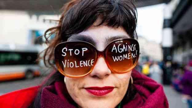 نساء بريطانيا تعرضن للضرب والعنف أثناء ممارسة الجنس