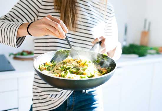 نصائح للطبخ تساعدك في تحضير الطعام أسرع