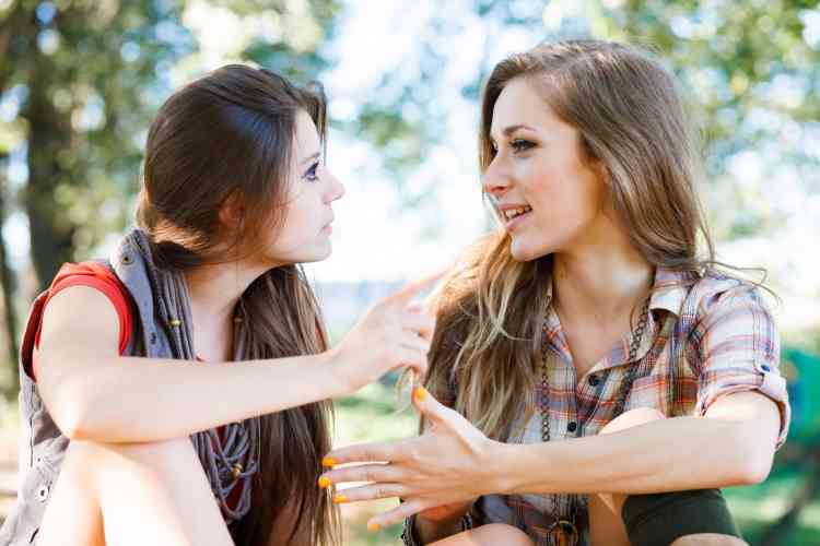 10 علامات بتدل على صداقة مرهقة وغير صحية
