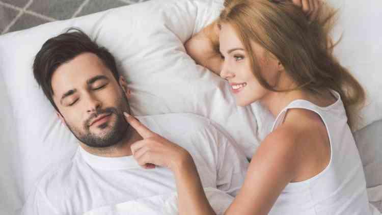 6 أمور ماينفعش تتكلمي عنها وقت العلاقة الحميمة