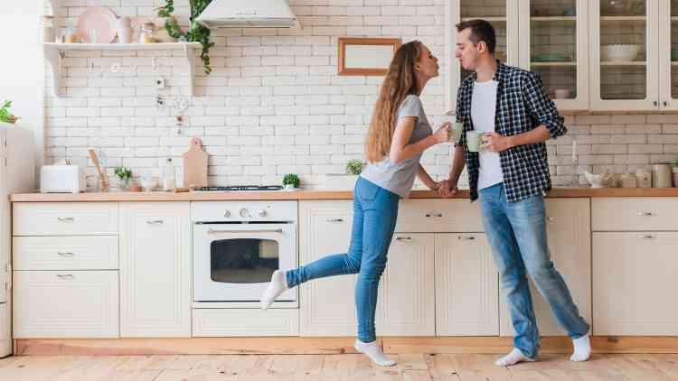 7 عادات يجب عليك اتباعها لعلاقة حميمة أفضل