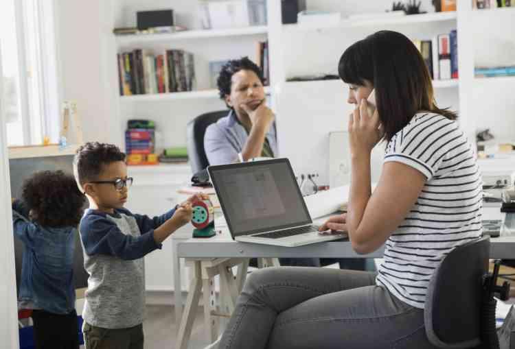 7 نصائح للعمل من المنزل وإدارة الوقت في وجود الأطفال