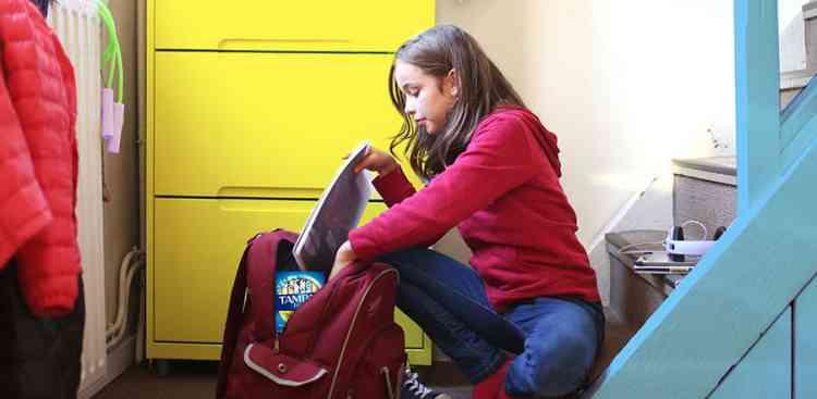 8 طرق لتحضير الفتيات لدورتهن الشهرية الأولى
