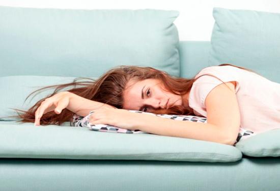8 علامات أنك لست مجهدة جسديًا بل نفسيًا