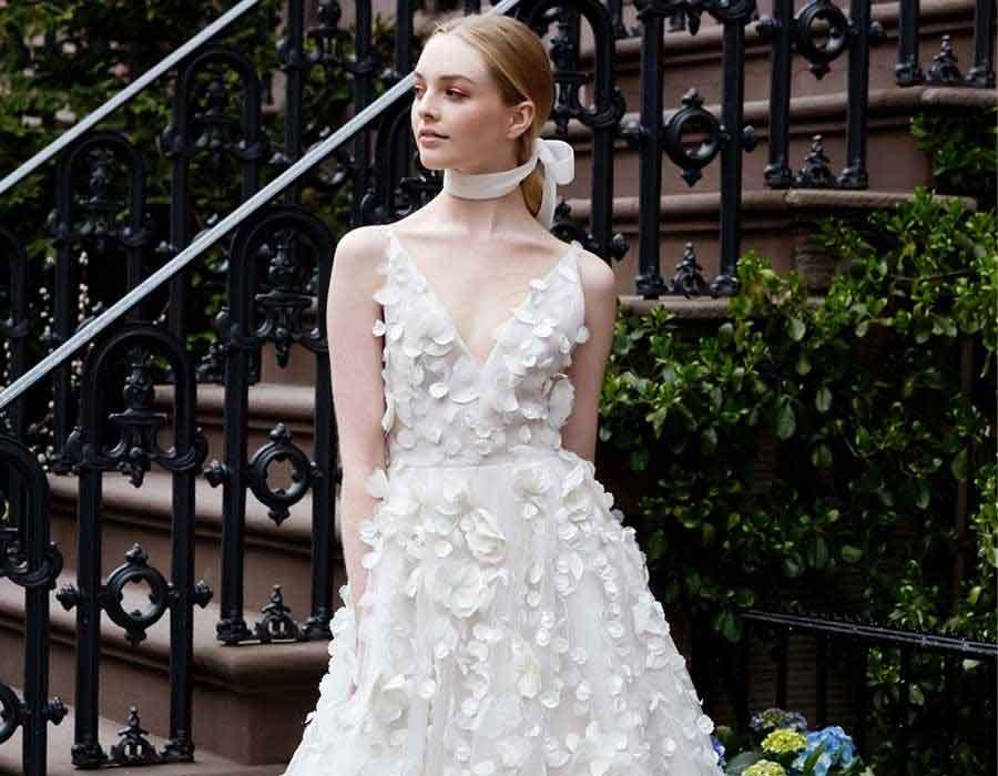 5da83e418 الأربعاء ٠٤ يوليو ٢٠١٨ أبرز صيحات فساتين الزفاف لعروس 2019