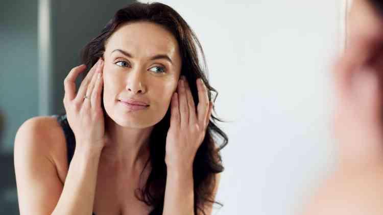 أسباب تورم نصف الوجه الأيسر أو الأيمن.. وطرق العلاج