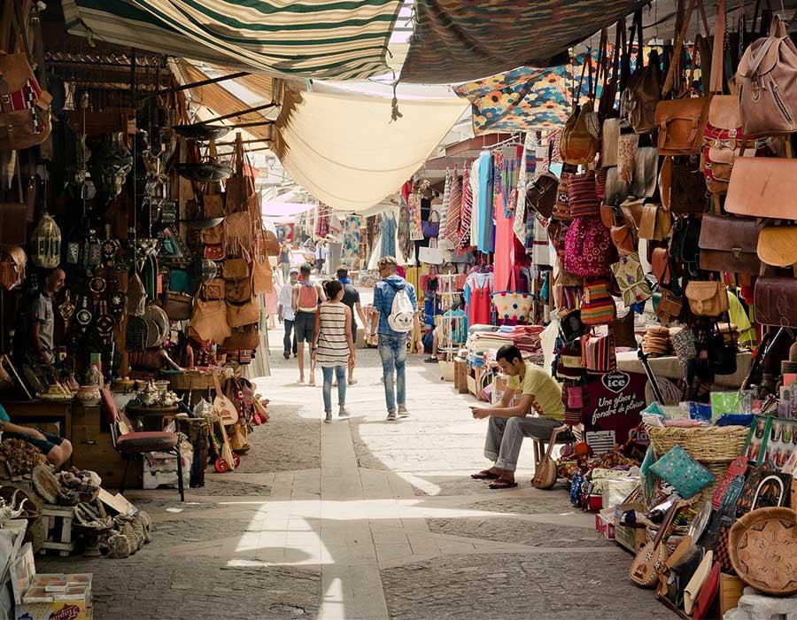 أشهر أماكن تسوق في القاهرة من المولات للأسواق الشعبية