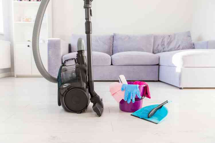 أفضل أنواع المكانس الكهربائية لنظافة مضمونة دون عناء