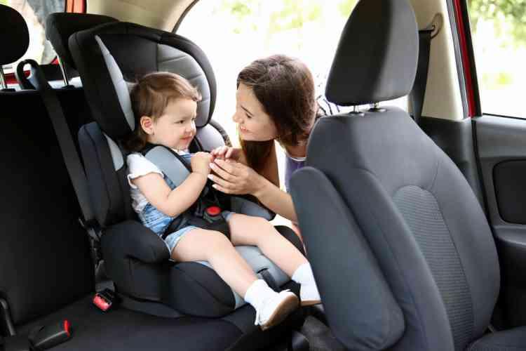 أفضل كرسي أطفال للسيارة: مواصفاته وكيفية تركيبه