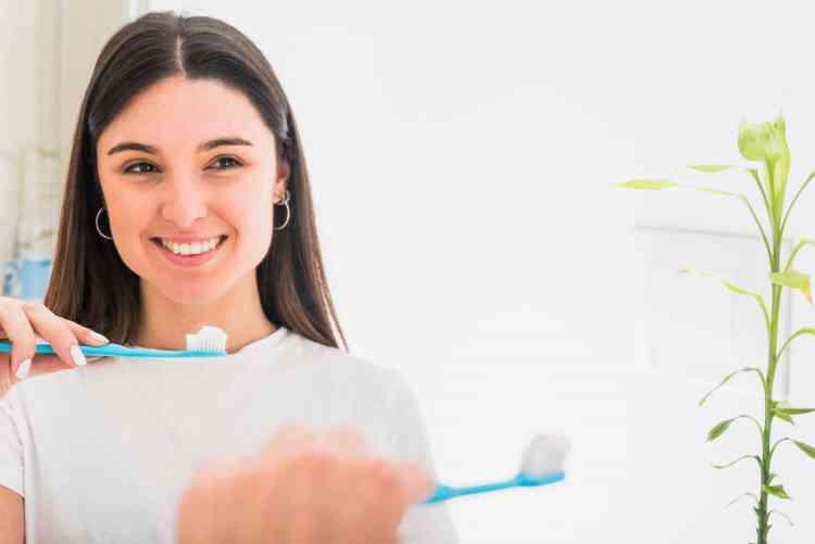 أفضل معجون أسنان وأدوات العناية بنظافة الفم